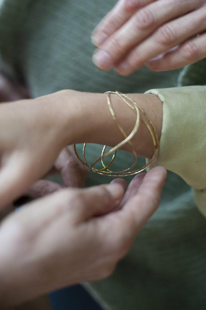 Bracelet Wave, Sabine Herman, photo Laeticia Paillé